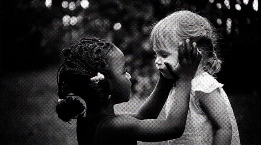 Racistas e marginais são bandidos iguais